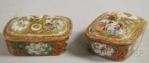 Pair of Chinese Export Porcelain Rose Medallion Soap Dishes with Covers