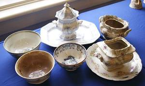 Eight pieces of English ceramics