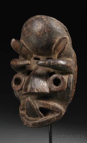Dan Carved Wood Kran Mask