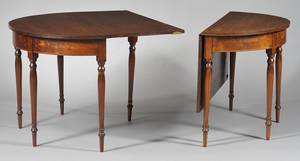 Federal Carved Mahogany and Mahogany Veneer Inlaid Banquet Table