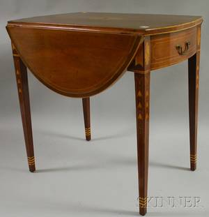 Federal Inlaid Mahogany and Mahogany Veneer Pembroke Table