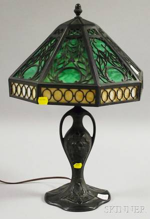 Octagonal Metal Overlay Slag Glass Panel and Blackpainted Cast Metal Table Lamp