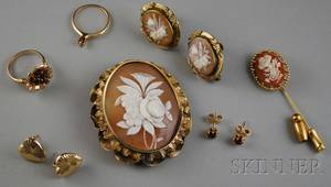 Small Group of 14kt Gold and Cameo Jewelry