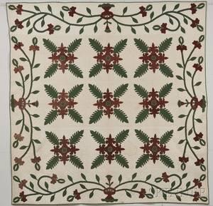 Pieced and Appliqued Cotton Oak Leaf and Fleurdelis Pattern Quilt