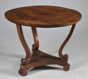 Classical Circular Mahogany and Mahogany Veneer Center Table