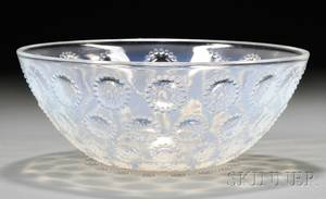 Rene Lalique Opalescent Asters Art Glass Bowl