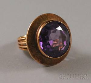 14kt Gold and Synthetic Alexandrite Ring