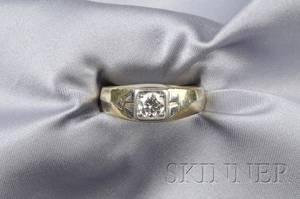 Gentlemans 18kt Gold Platinum and Diamond Ring