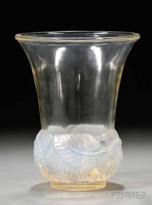 Rene Lalique Lilas Vase