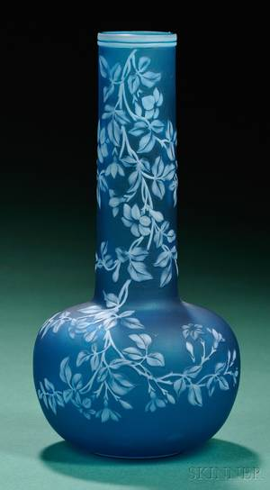 Thomas Webb and Sons Art Nouveau Cameo Glass Vase