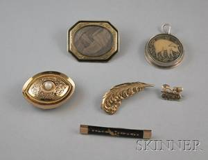 Five Antique Gold Jewelry Items