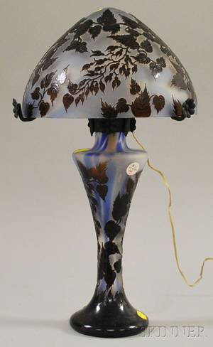 Reproduction Galle Cameo Glass Table Lamp
