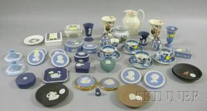 Fortysix Assorted Small Wedgwood Ceramic Items