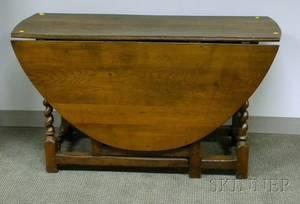 William  Mary Oak Dropleaf Gateleg Table with Barleytwist Legs