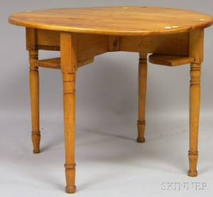 Country Circular Pine and Maple Games Table