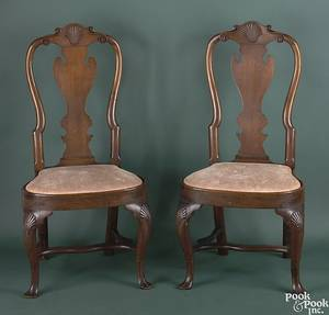 Pair of Philadelphia Queen Anne walnut dining chairs ca 1740