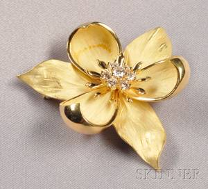 18kt Gold and Diamond Flower Brooch Tiffany  Co