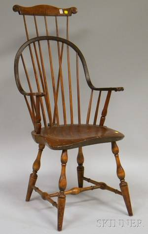 Windsor Combback Braced Continuous Armchair with Carved Knuckle Arms