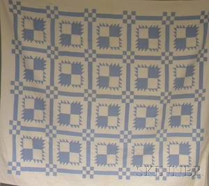 Light Blue and White Pieced Cotton Bear Paw Pattern Quilt