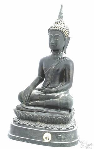 Southeast Asian bronze figure of a Buddha 19th c