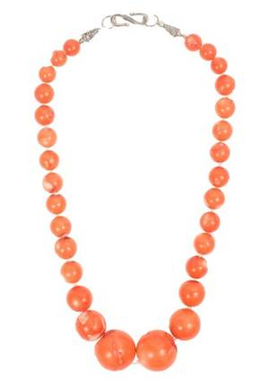 Chinese Natural Coral Beaded Necklace