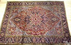 Semiantique Heriz roomsize rug ca 1950