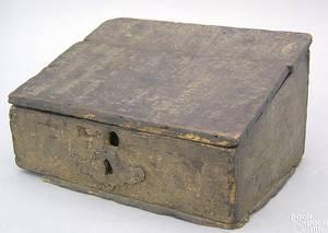 Continental pine storage box 18th c