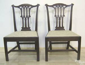 Pair of Philadelphia Chippendale mahogany dining chairs ca 1775
