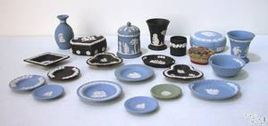 Group of Wedgwood table articles