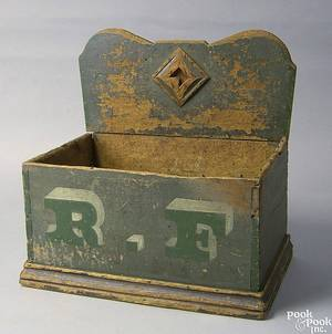 Pennsylvania painted pine storage box early 19th c