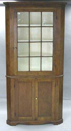 Pennsylvania Federal cherry 2part corner cupboard ca 1810