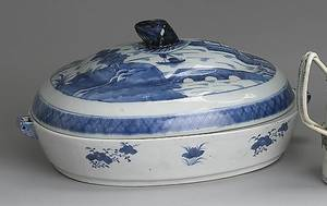 Chinese export blue and white Canton hot water platter and cover 19th c