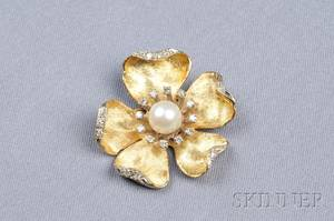 18kt Gold Cultured Pearl and Diamond Flower Brooch