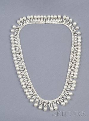 18kt White Gold Freshwater Pearl and Diamond Necklace