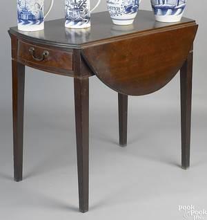 Connecticut mahogany pembroke table ca 1790