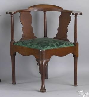 Irish Queen Anne mahogany corner chair ca 1740