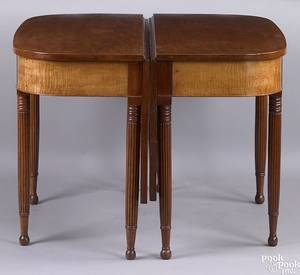 Pennsylvania Sheraton tiger maple and cherry 2 part dining table ca 1815