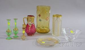 Eight Pieces of Assorted Art Glass