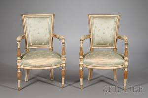 Pair of Louis XVI Style Painted Fauteuils en Cabriolet