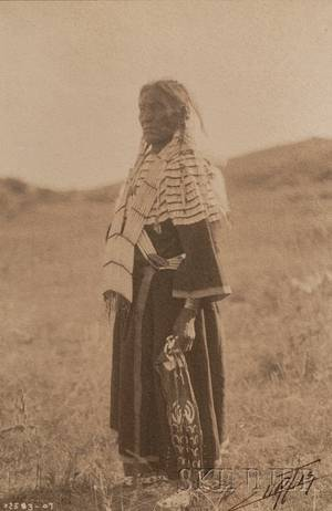 Edward S Curtis American 18681952 Signed Platinum Print Slow Bulls Wife  Sioux