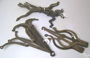Two pairs of Pennsylvania wrought iron bullfrog style strap hinges