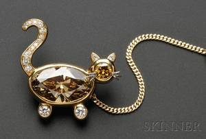 18kt Gold Colored Diamond and Diamond Brooch