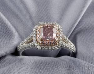 Fancy PurplePink Diamond Solitaire