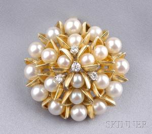 18kt Gold Cultured Pearl and Diamond PendantBrooch