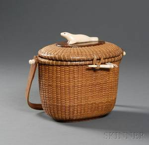 Nantucket Friendship Basket Purse with Seal Motif