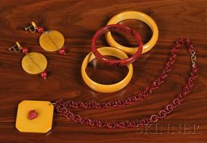 Five Pieces of Bakelite Jewelry