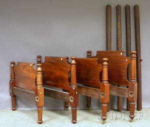 Pair of Classical Mahogany Twin Beds with Rails