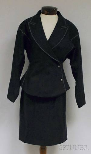 Claude Montana Ladys Charcoal Gray Twopiece Wool Suit