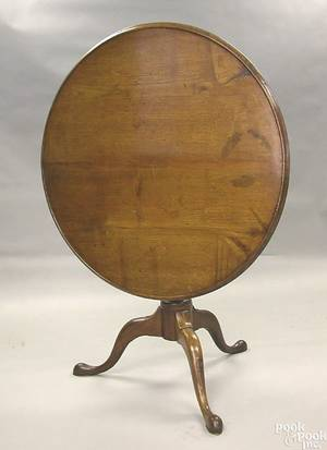 Chester County Pennsylvania Queen Anne walnut tea table ca 1765