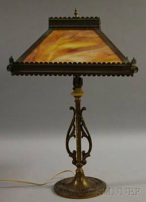Pyramidal Caramel Slag Glass Panel and Brass Table Lamp